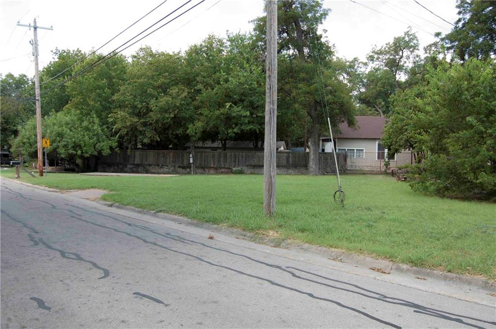 507 Grace Street, Glen Rose, TX 76043