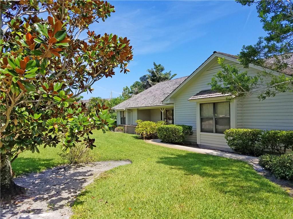 1108 NE Quinn Place, Jensen Beach, FL 34957