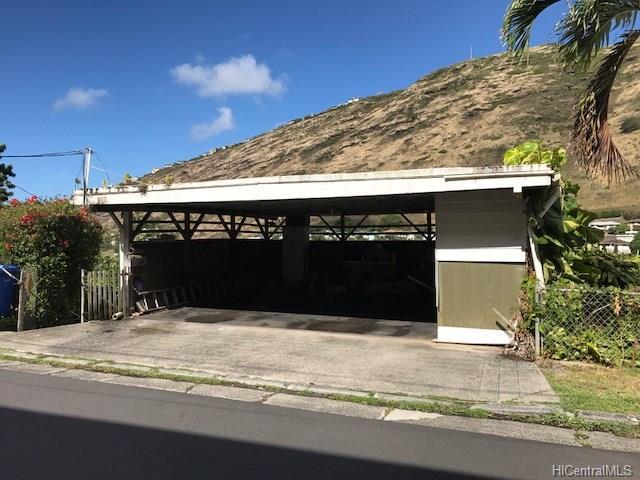 808 Kainoa Place, Honolulu, HI 96821