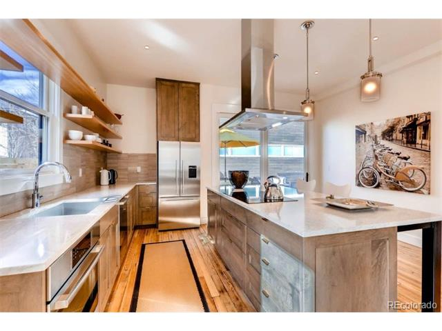 2021 Walnut Street, Boulder, CO 80302