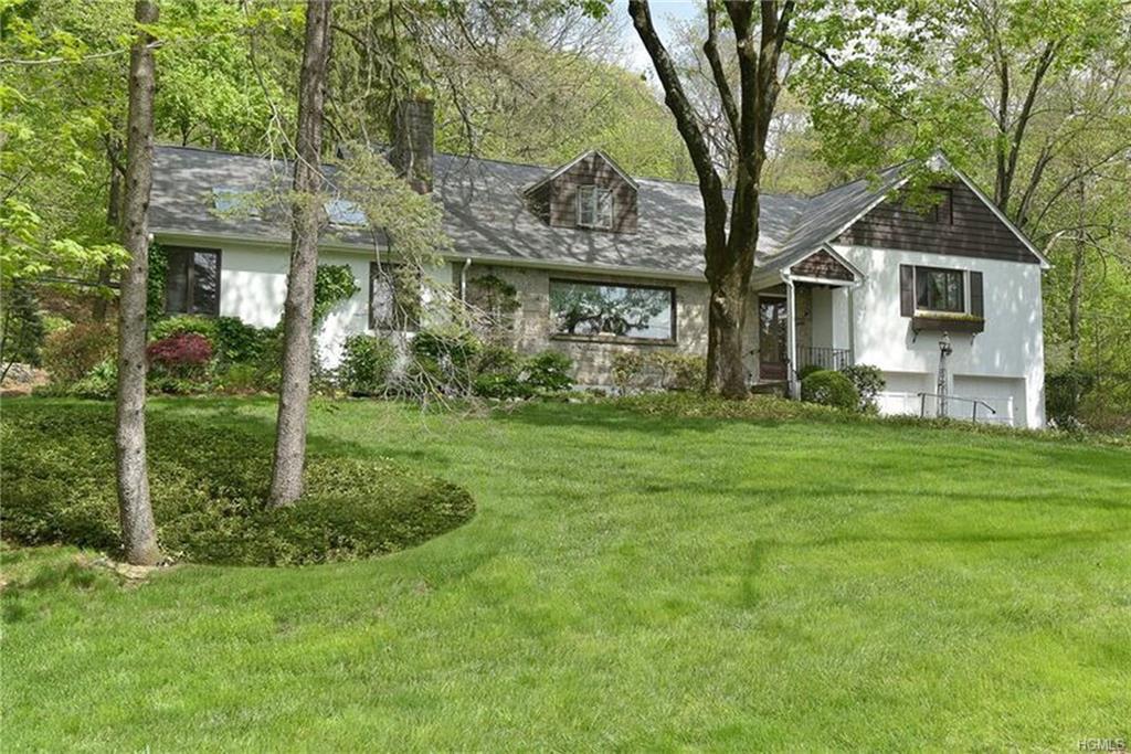 95 Stephenson Terrace, Briarcliff Manor, NY 10510