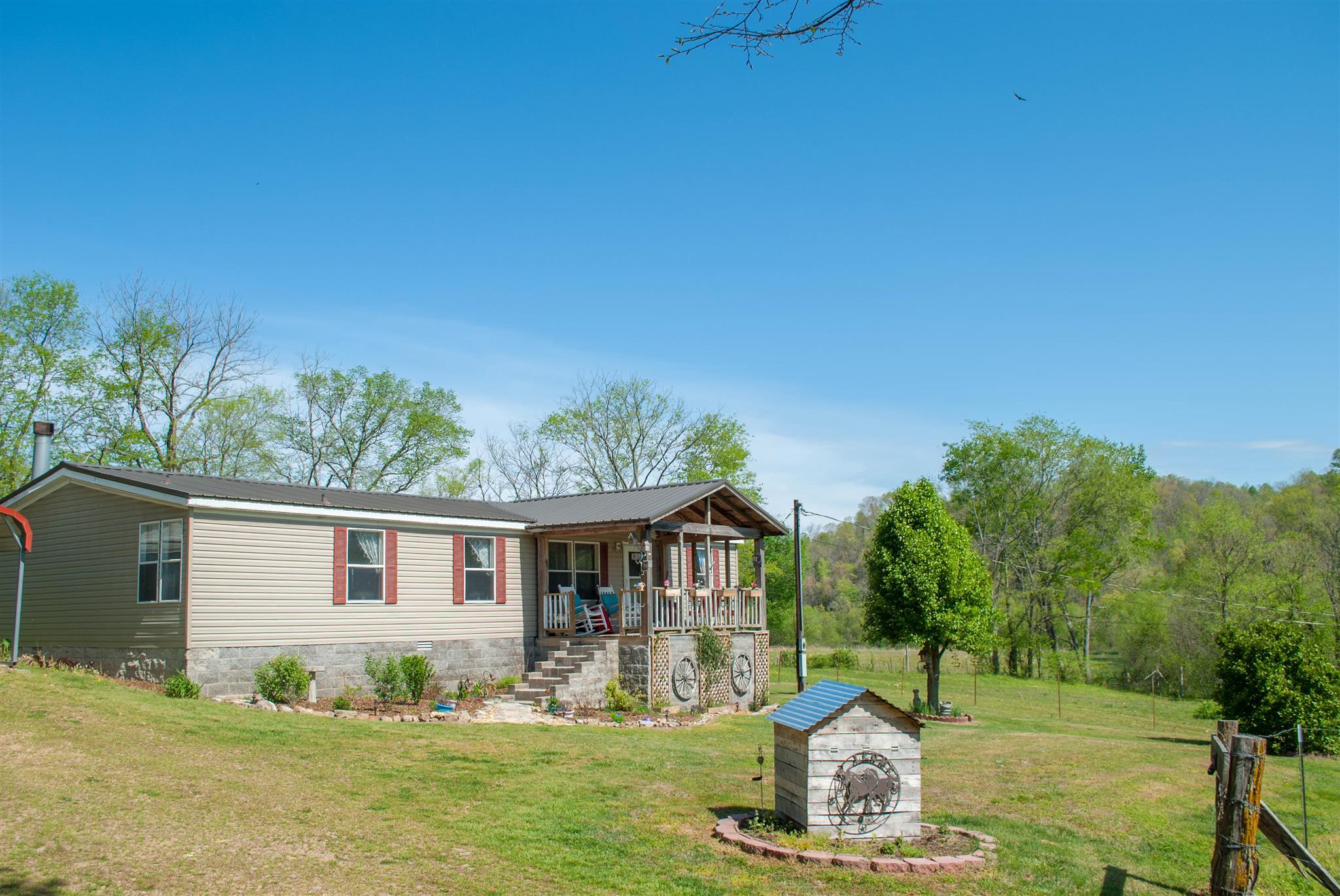 13601 Campbellsville Rd, Lynnville, TN 38472