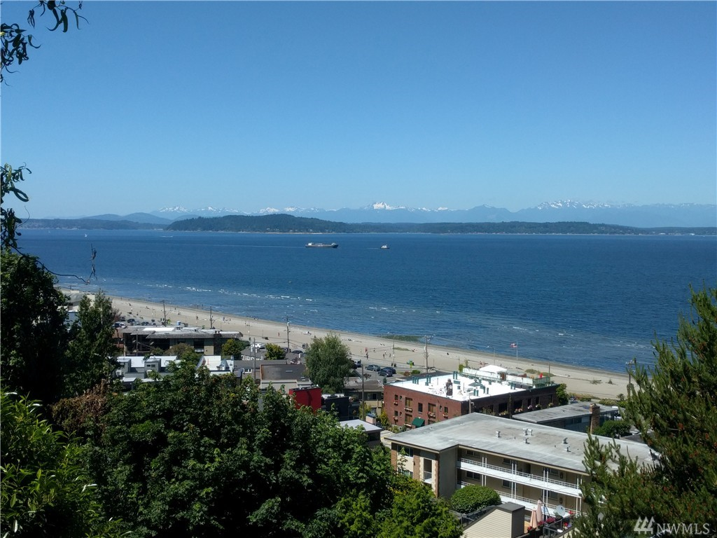 2367 Hughes Ave SW, Seattle, WA 98116