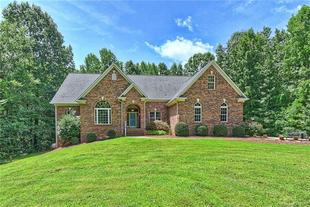 129 Wood Thrush Lane, Mooresville, NC 28117