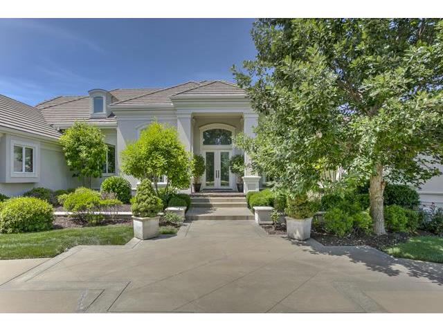 2800 W 112th Street, Leawood, KS 66221