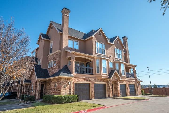 1100 Hidden Ridge 2251, Irving, TX 75038