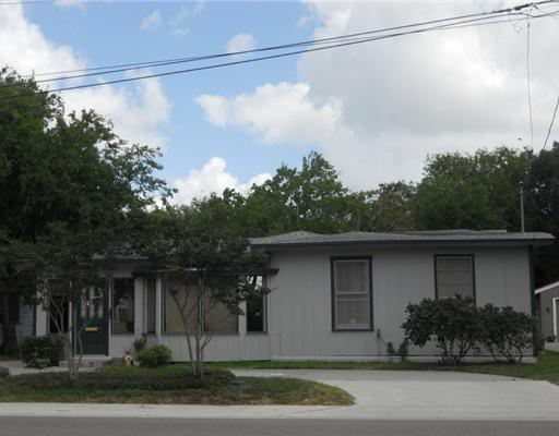 206 Doddridge, Corpus Christi, TX 78411