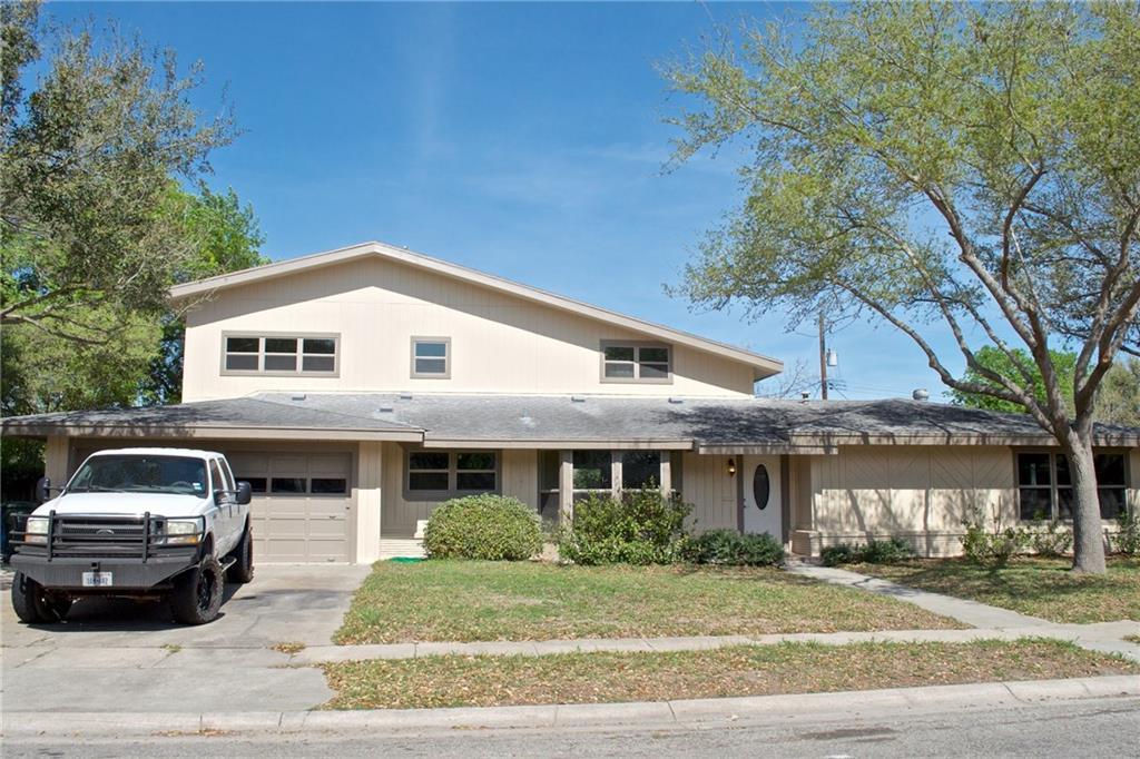 938 Grant Pl, Corpus Christi, TX 78411