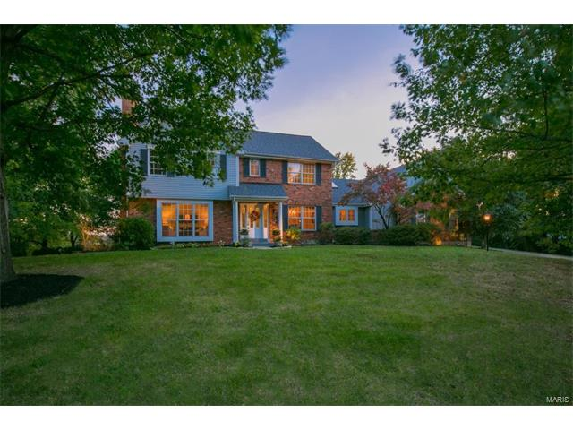 13006 W Moore Meadows Court, Sunset Hills, MO 63127