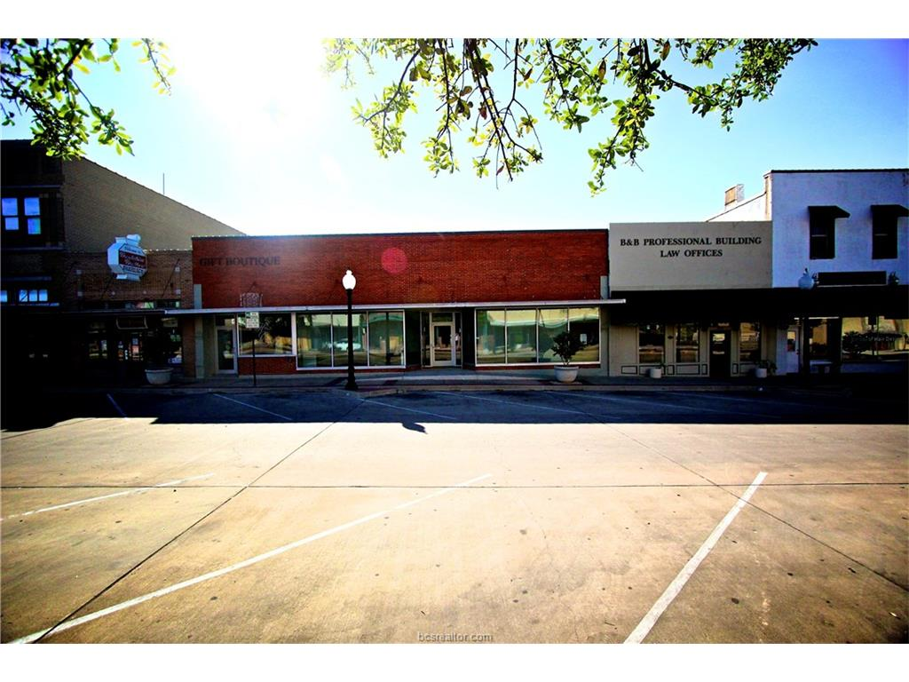 212 N Main Street, Bryan, TX 77803