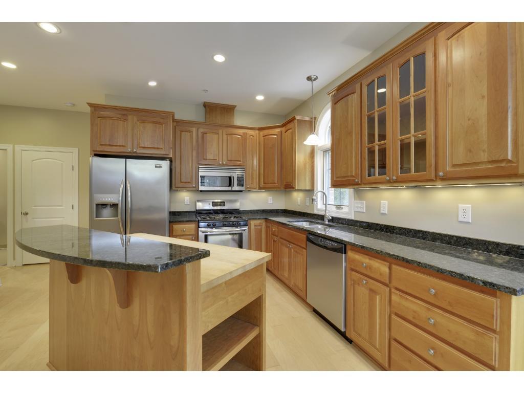 3125 Inglewood Avenue S 102, Saint Louis Park, MN 55416