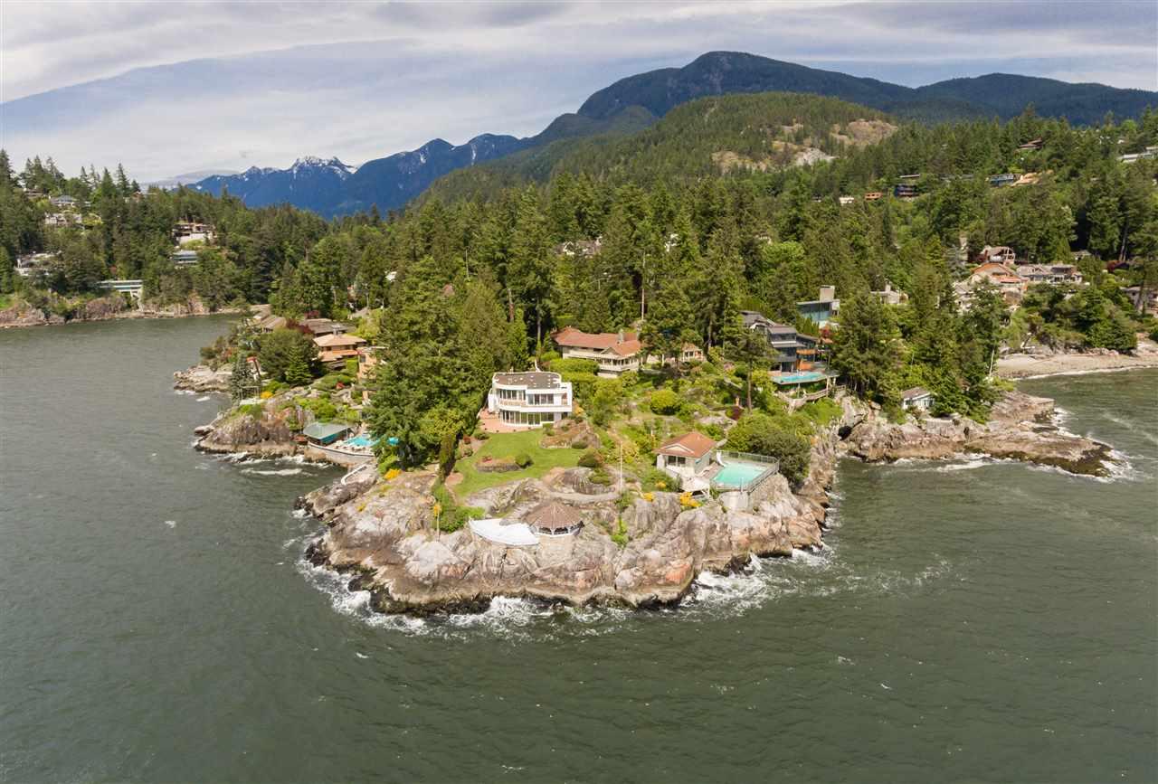 6066 BLINK BONNIE ROAD, West Vancouver, BC V7W 1V8