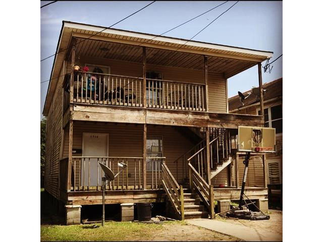1713 PAULINE Street, New Orleans, LA 70017
