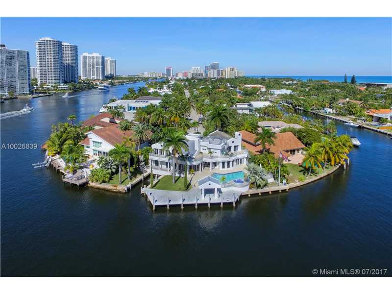 349 Center Island Dr., Golden Beach, FL 33160