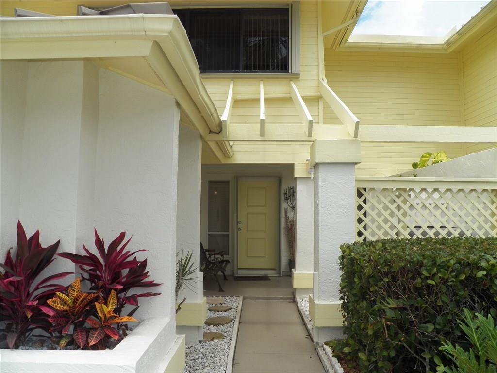 5658 SE Foxcross Place, Stuart, FL 34997