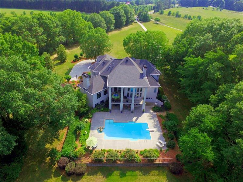310 Old Farm Road, Fayetteville, GA 30215