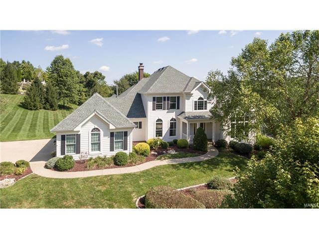 17948 Greycliff Drive, Chesterfield, MO 63005