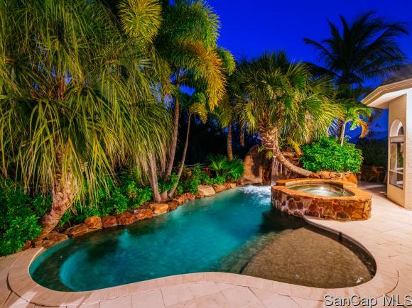17060 Tidewater Ln, Fort Myers, FL 33908
