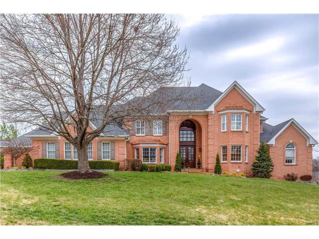 13555 Weston Park Drive, Town and Country, MO 63131