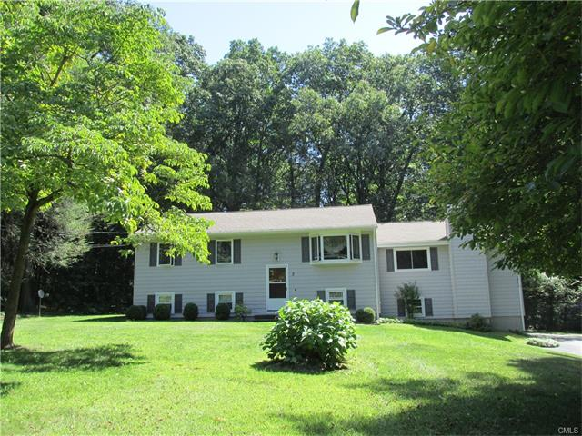 3 Whippoorwill Lane, Brookfield, CT 06804