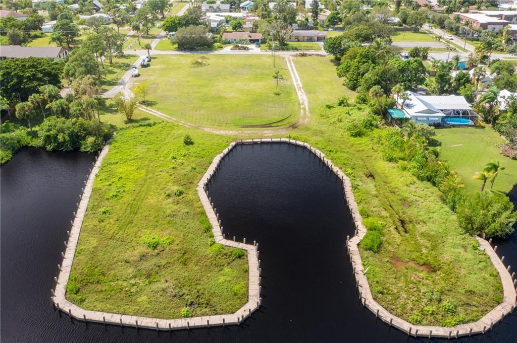 4805 SE Capstan Avenue, Stuart, FL 34997