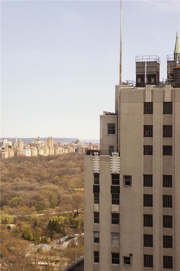 721 5th Ave 42-C, New York, NY 10022