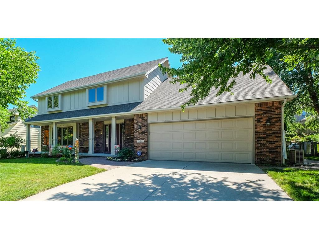 1691 NW 103rd Street, Clive, IA 50325