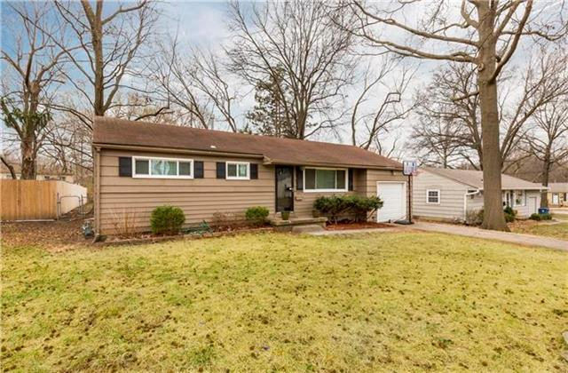 5411 W 77th Street, Prairie Village, KS 66208
