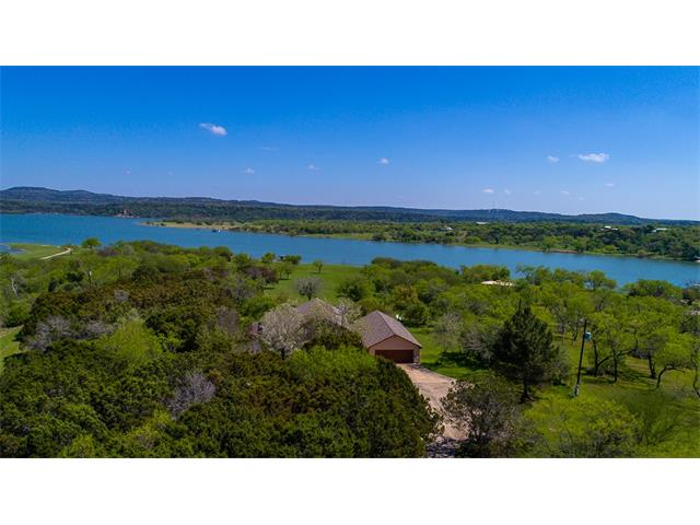 451 Chimney Cove Dr, Marble Falls, TX 78654