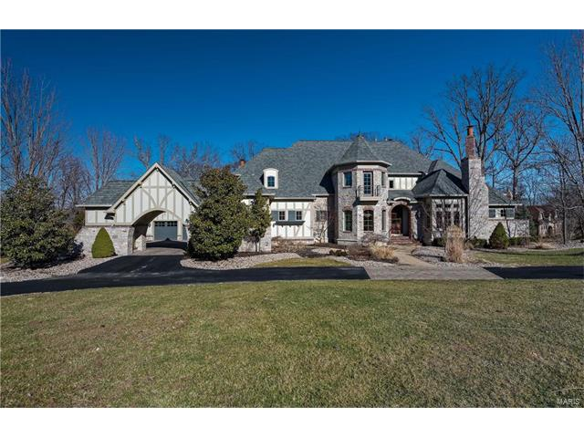 16 Grand Meridien Forest Drive, Chesterfield, MO 63005