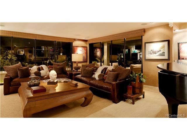 3002 Hibiscus Drive 1, Honolulu, HI 96815