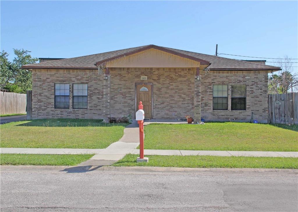 3209 Crestwater Dr, Corpus Christi, TX 78415
