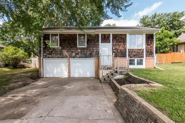 304 NW Young Street, Grain Valley, MO 64029