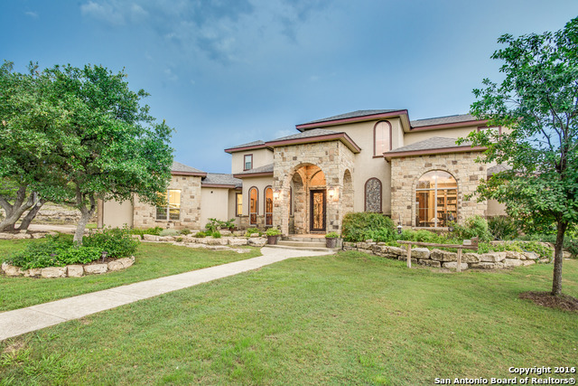 5808 Bear Creek Rd E, Pipe Creek, TX 78063