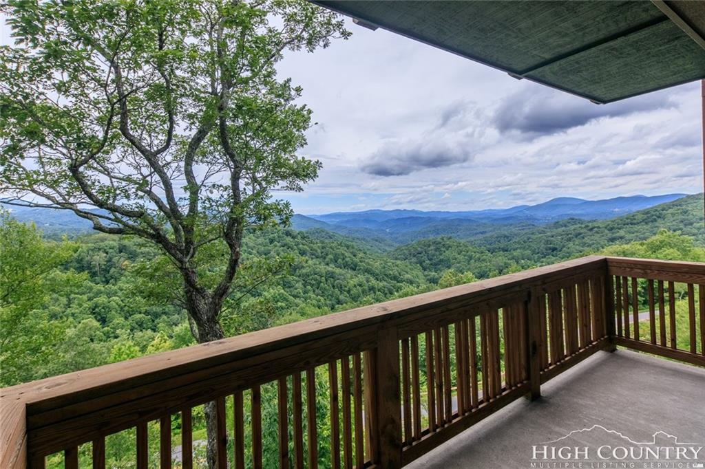238 Indian Paintbrush Drive RD-3, Banner Elk, NC 28604