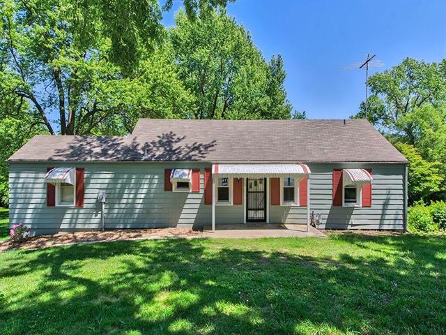 909 QUEEN RIDGE Drive, Independence, MO 64050