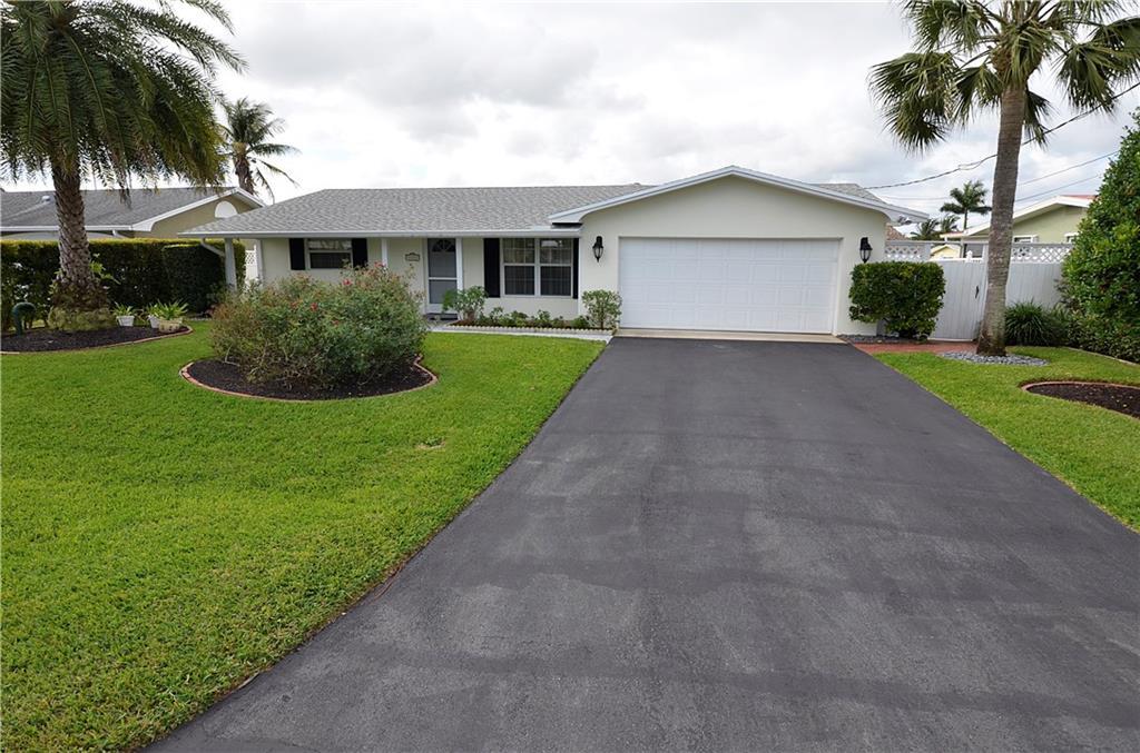 1324 SW Seagull Way, Palm City, FL 34990