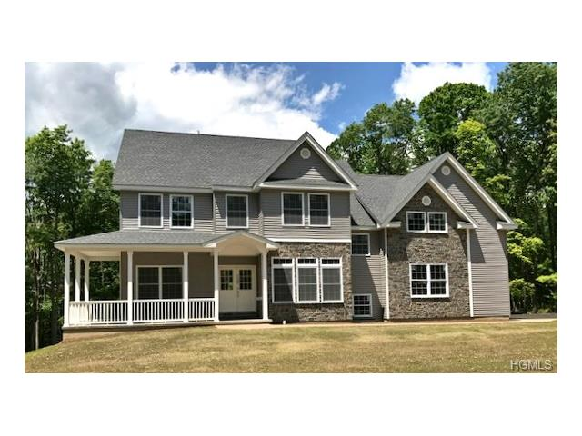 27 Winding Lane, Central Valley, NY 10917