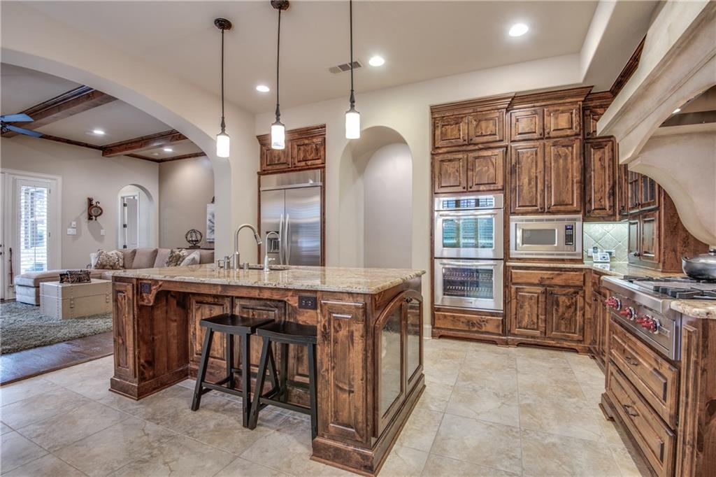 656 Clearwater Drive, Irving, TX 75039