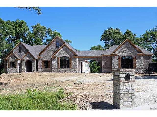 8 White Heron Estates, Defiance, MO 63341