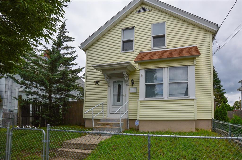 113 Kenyon AV, Pawtucket, RI 02861