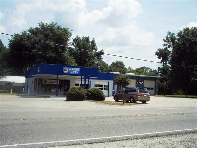 27505 HWY 190 Highway, Lacombe, LA 70445