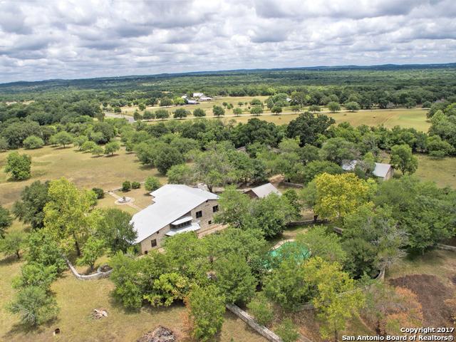 125 Ranch Dr, Boerne, TX 78015
