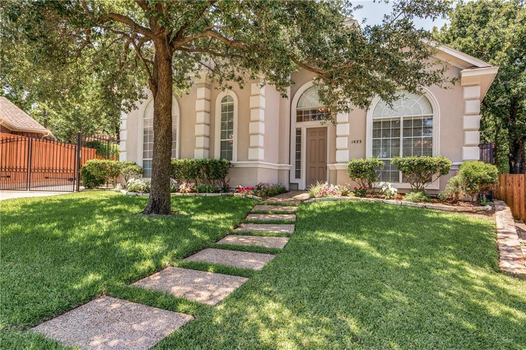 1423 Rio Bend Court, Grapevine, TX 76051