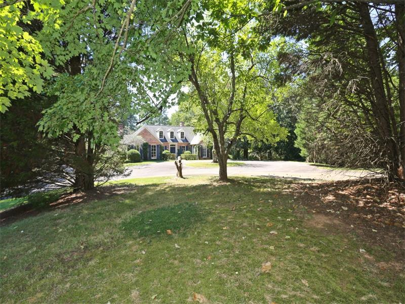 10705 Stroup Road, Roswell, GA 30075