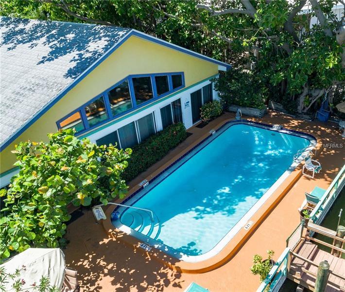 279 104TH AVENUE, TREASURE ISLAND, FL 33706