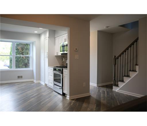 12 Deerfield Lane, Monroe Township, NJ 08831