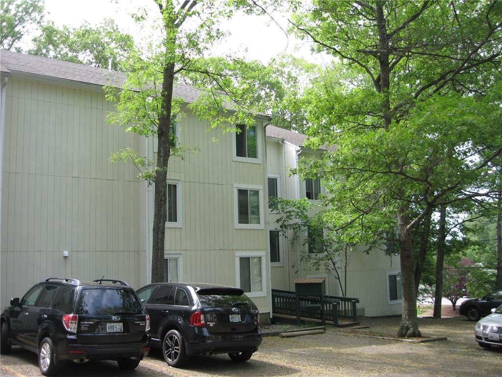 7 Wake Robin RD, Unit#106, Lincoln, RI 02865