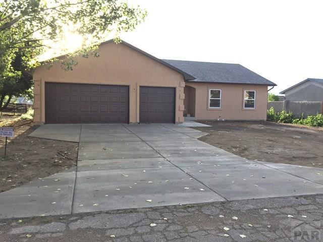 364 S Laird Dr, Pueblo West, CO 81007