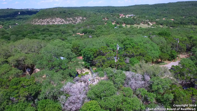 19019 LOOKOUT MOUNTAIN TRL, Helotes, TX 78023